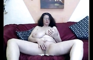 Counterfoil Carla'_s beefy tits in the first place tastycamz.com