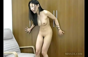 Asian prickle pussy orgasm